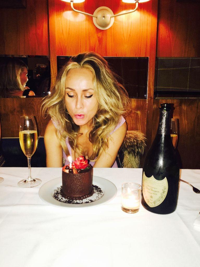 birthday cake skuespiller korsholm actress danish